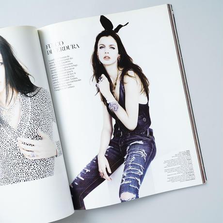 Please! magazine December 2009 issue 6