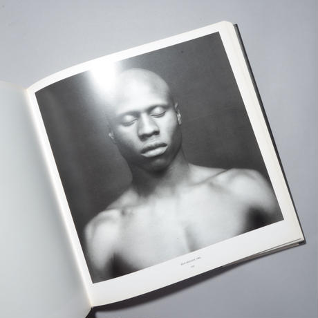 MAPPLETHORPE / Robert Mapplethorpe(ロバート・メイプルソープ)