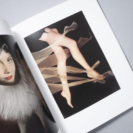 a hidden ritual of beauty 秘密の美 / Erwin Bluemenfeld(アーヴィン・ブルーメンフィルド)