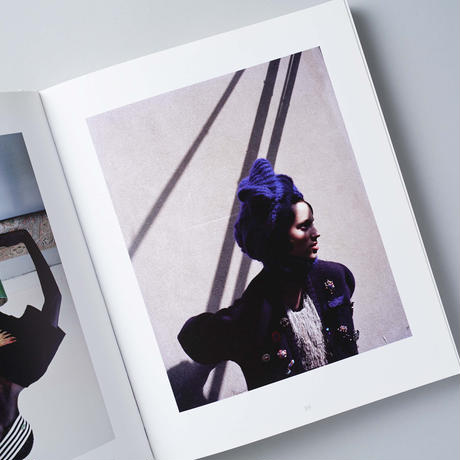 In And Out Of Fashion / Viviane Sassen(ヴィヴィアン・サッセン)
