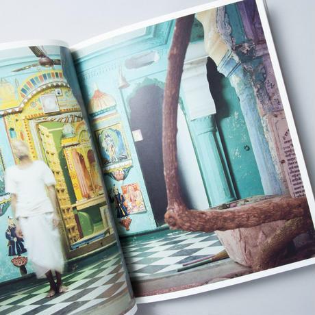 xxx HOLY-JOURNEYS INTO THE SPIRITUAL HEART OF INDIA / Peter Bialobrzeski(ピーター・ビアロブルゼスキ)