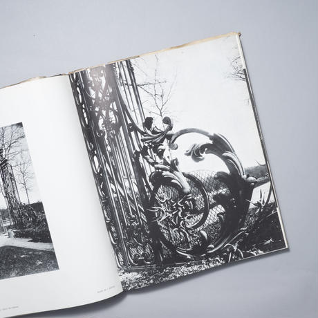 THE WORLD OF ATGET / 写真家:Eugene Atget 著:Berenice Abbott(ベレニス・アボット)