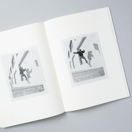 [新刊/NEW] POLAROIDS 92-95 (CA) / Ari Marcopoulos(アリ・マルコポロス)