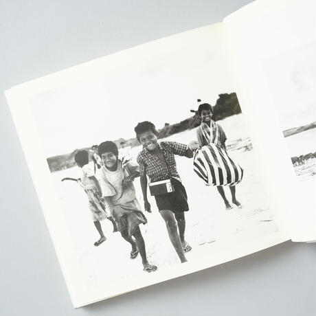 午後の最後の日射 アジアの島へ / 渡部さとる(Satoru Watanabe)