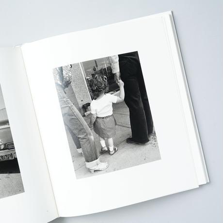[新刊/NEW]  Our Lives and Our Children / Robert Adams (ロバート・アダムス)