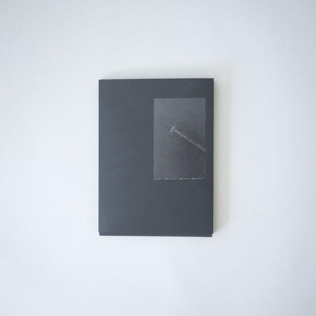 [新品] 聴静 Listening to the silence (black hardcover ver.) / Tang Ho Lun