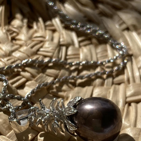 Pearl Pineapple Necklace