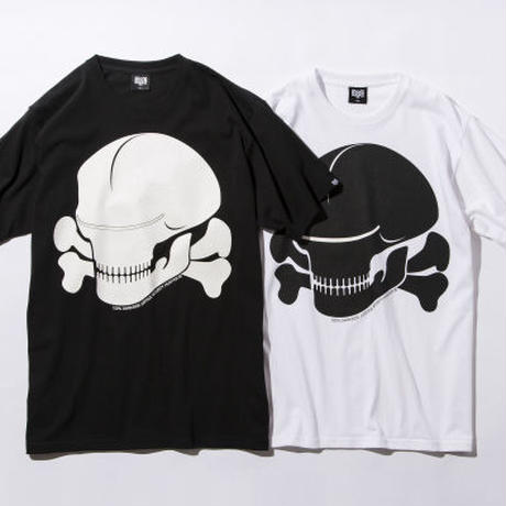 BxH Glow In The Dark Alien Skull Tee