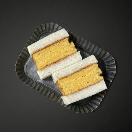 Thick roasted egg sandwich          <厚焼きたまごサンド>