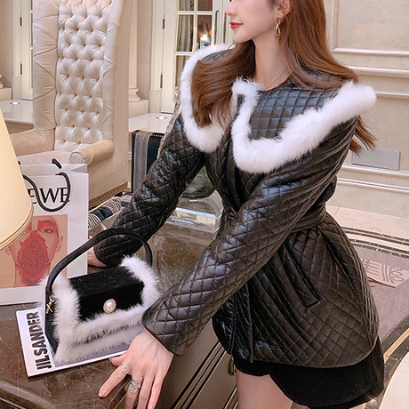 Quilting big fur line collar jacket(No.301836)【white , black , gray】