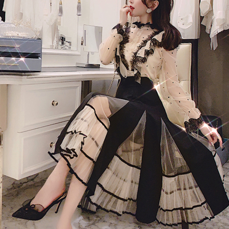 Sensual lace blouse & tulle skirt set(No.300768)