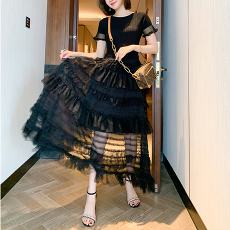Waffle tulle docking long dress(No.301439)【black , white】