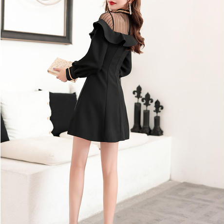 Décolleté frill black dress(No.101021)