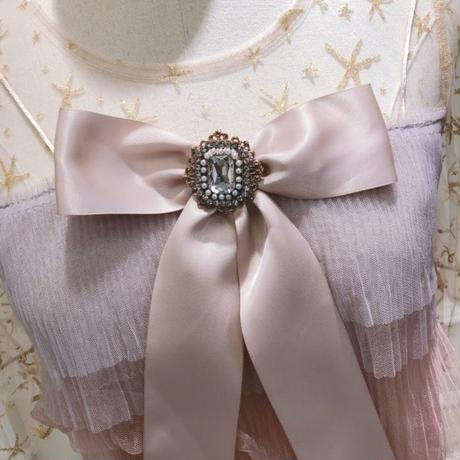 Two-tone tulle  ribbon brooch dress(No.300652)
