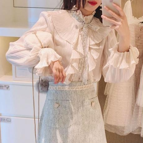 Idol look satin blouse(No.300719)【white , beige】