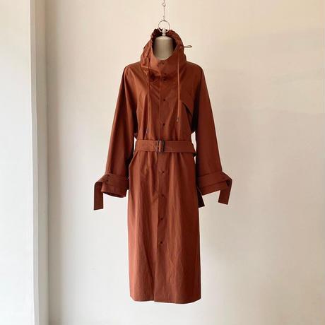 near.nippon / タイプライターオーバーコートドレス / BROWN