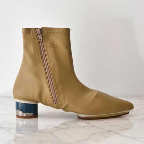 TOGA PULLA / STRETCH COVER BOOTS