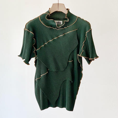 to do kotohayokozawa /  Short-sleeve high neck / GREEN