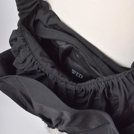 WED Studio / Crossbody Flower Bag / Black
