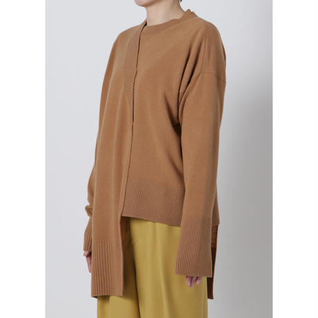 BASE MARK / Asymmetry Knit Pullover / CAMEL