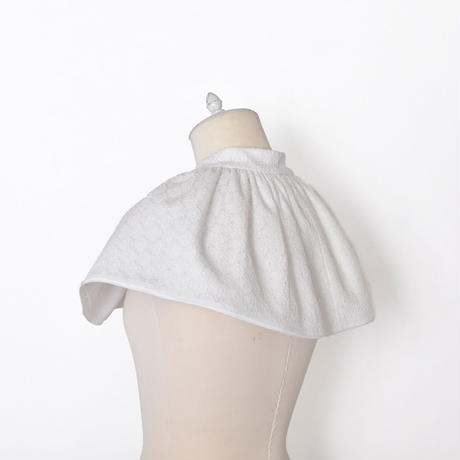 WED Studio / Tiered Floral Lace Collar / White