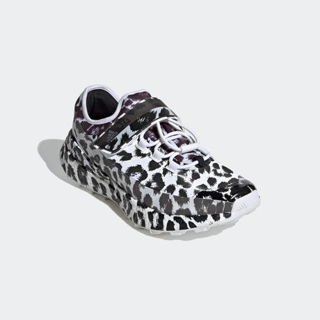 adidas by stella mccartney / OUTDOOR BOOST