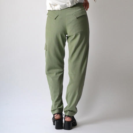 VEJAS / DISSECTED CREASE TROUSERS / GREEN