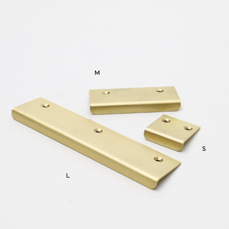 L150 BRASS HANDLE THIN L _flat