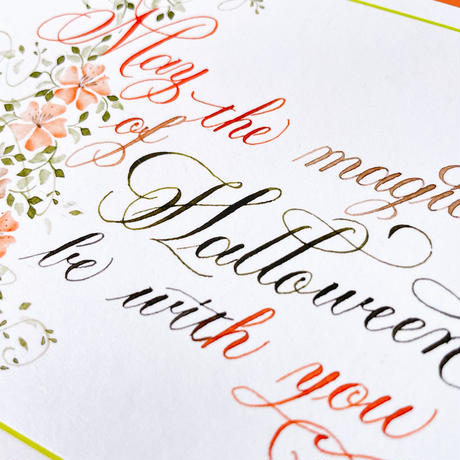 Greeting card 手書きのカリグラフーハロウィンカードHalloweenメッセージ   (封筒2色)