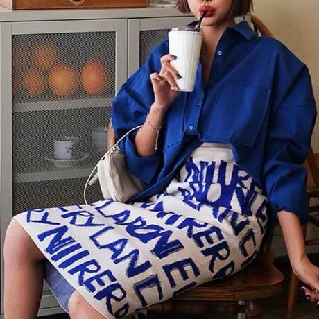 ロゴニットスカート