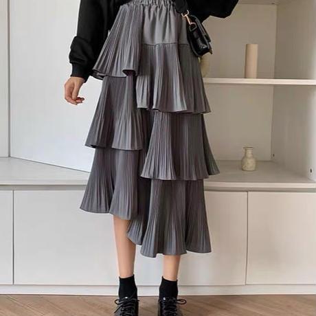 左右非対称スカート