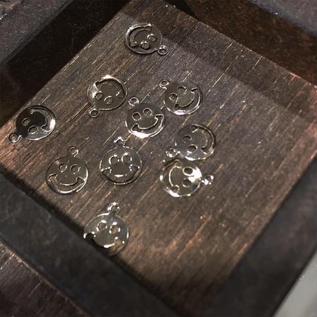 チャーム スマイリー 12mm SILVER(BCCH0732)