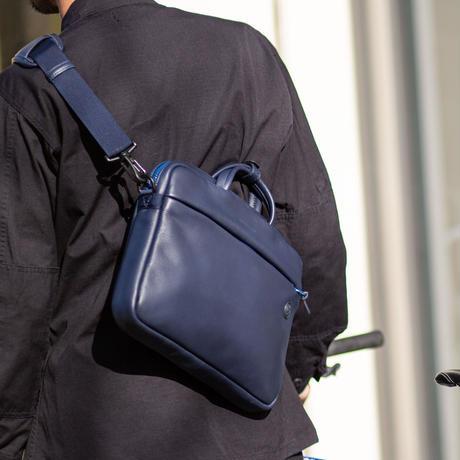 """公式ショップ限定カラーINK BLUE  """"クリエイターの為のスマート&コンパクトなブリーフバッグ"""" JIG mini"""