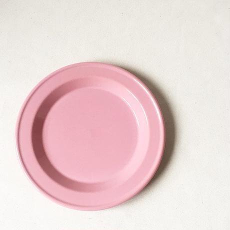 """France """"Emile Henry"""" Used Pink 21cm Plate"""