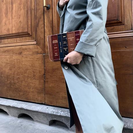 Book shelf clutch bag / square
