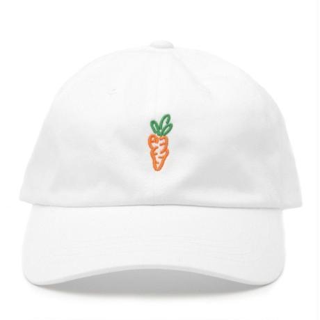 CARROTS  DAT HAT WHITE