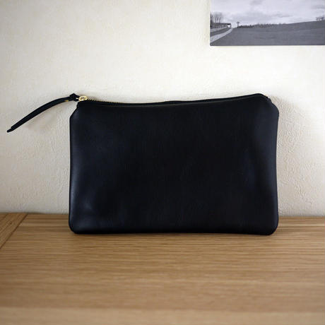 New Pouch / M Black