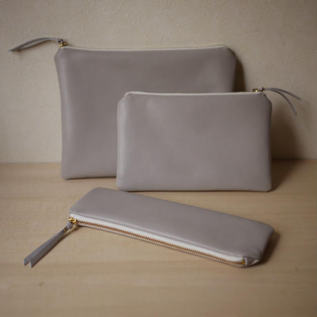 NEW Pouch / L Light Gray