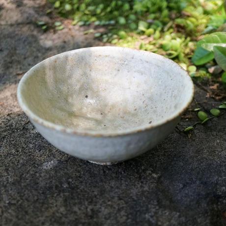 尾形アツシ ヒビ粉引飯碗