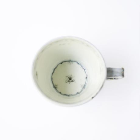 村山朋子 小花×青巻マグカップ
