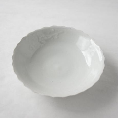 安齋新・厚子 白磁梅花皿