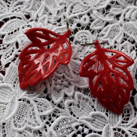 red leaf pierce