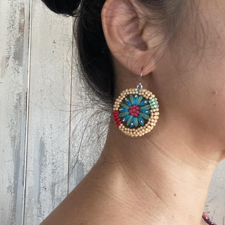 beads embroidery pierce