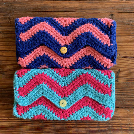 zigzag  knit mini clutchbag