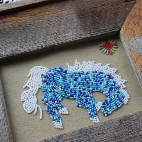 A gentle horse born from beads