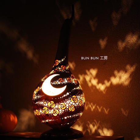 ひょうたんランプ---月夜の花吹雪ー