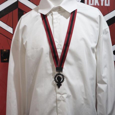BLACK TRIANGLE DESIGN Necklace