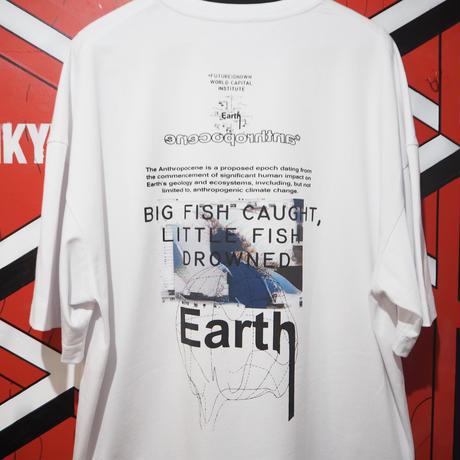 "FUTUREISNOWN T-shirt ""Big fish caught, Little fish drowned"""