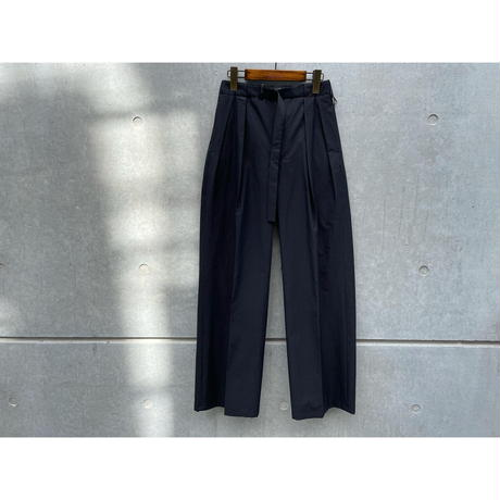 AURALEE / WASHED FINX RIPSTOP CHAMBRAY BELTET PANTS