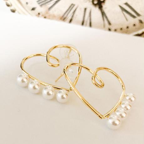 Heart earrings w pearls